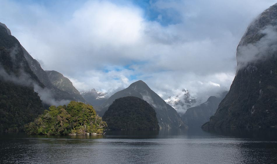 Doubtful Sound, entrance to Hall Arm, New Zealand