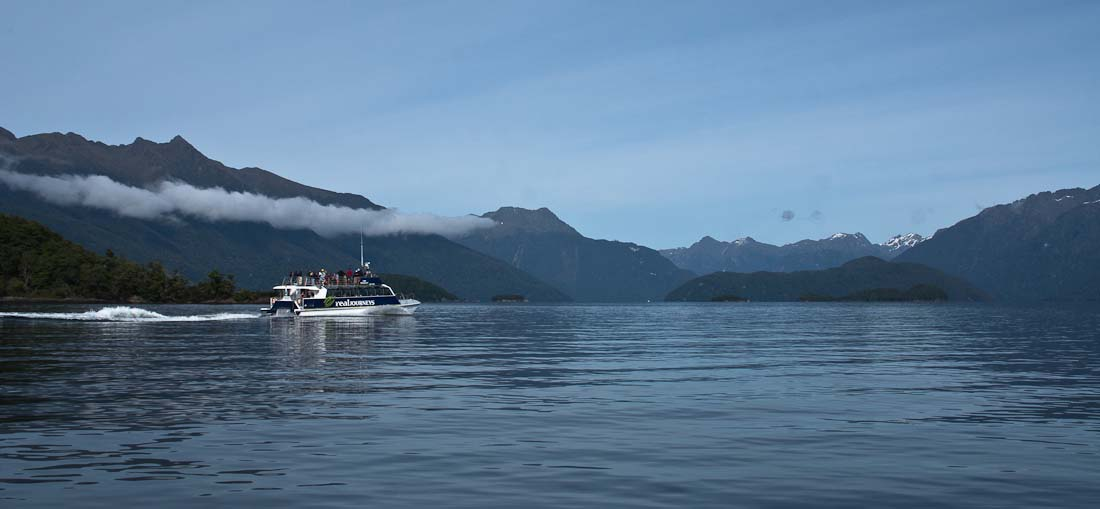 Manapouri New Zealand  City pictures : Lake Manapouri and catamaran, Fiordland, New Zealand | New Zealand ...