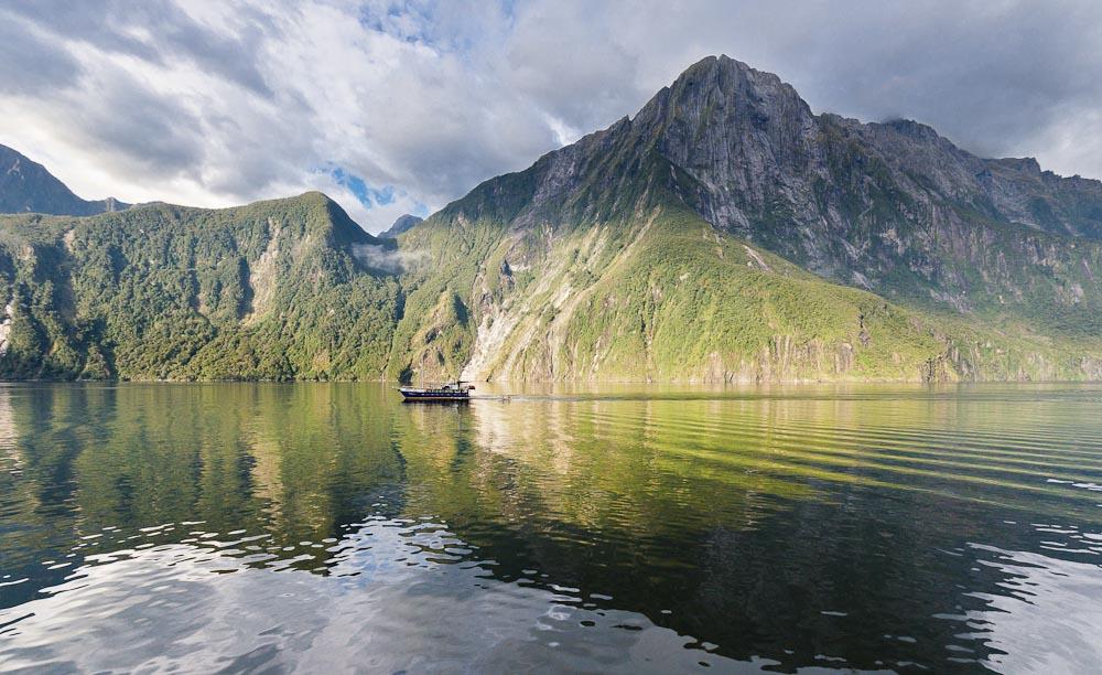 Mitre peak and dawn milford sound fiordland new zealand