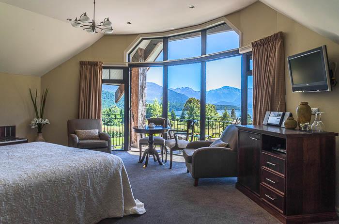 Luxury accommodation - commission photography